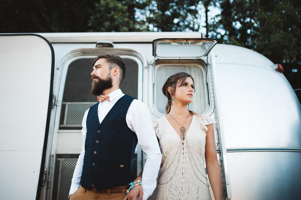 mariage folk ethnique provence caravane airstream chromée cool fun décontracté photographe